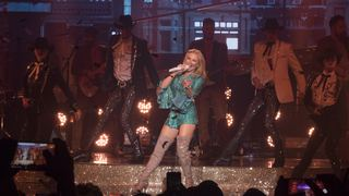 Kylie Minogue'dan 50 yaş turnesi